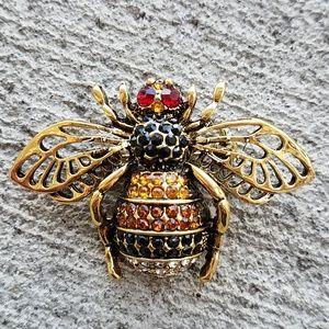Honey Bee brooch